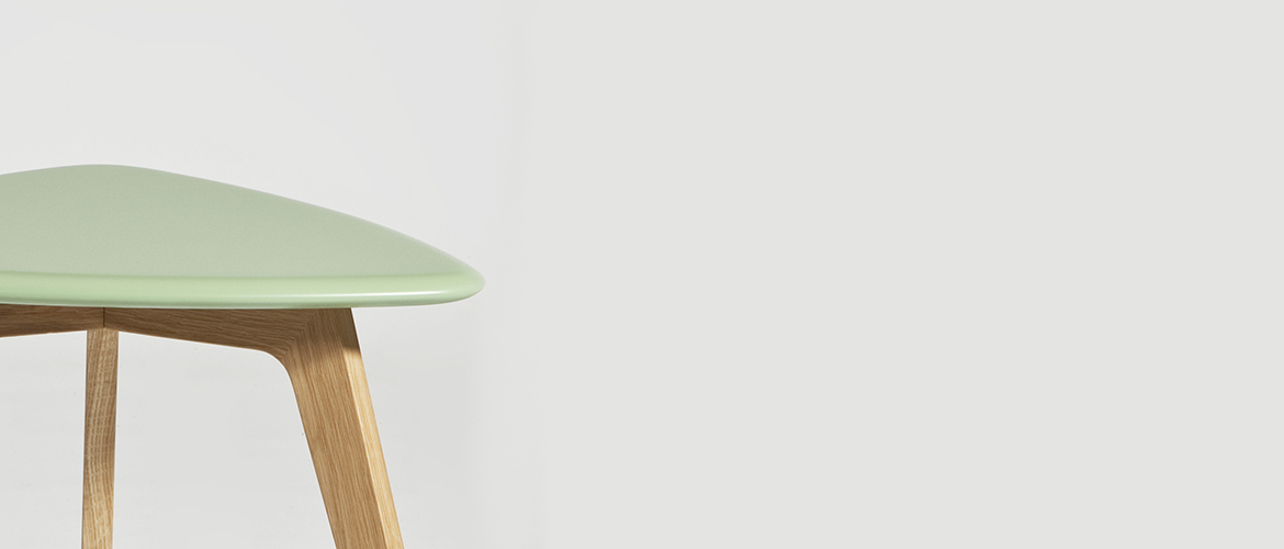 overalls-TABLE-triangle-green_DETAIL_slider